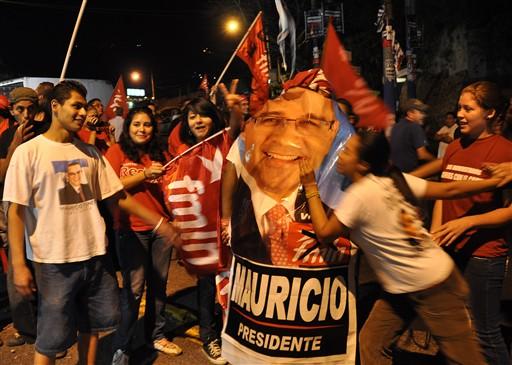 EL SALVADOR-ELECTIONS-FMLN-SUPPORTERS