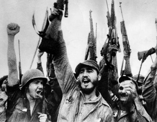 8-1-1959 de Fidel castro celebrando -fidelvasquez