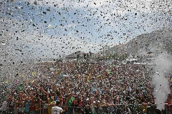 festejo en brasil-Fidel Ernesto Vásquez