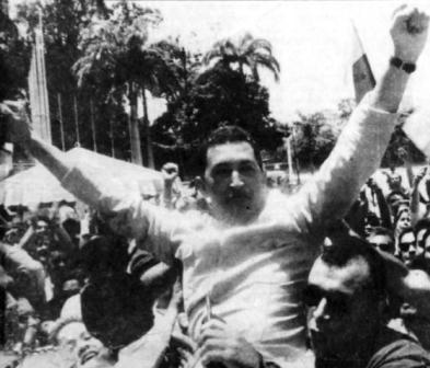 Comandante hugo chavez saliendo de la carcel de  Yare-Fidel Ernesto Vasquez