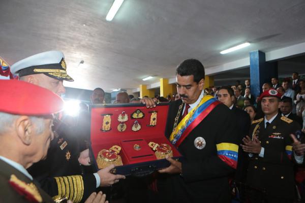 Nicolas Maduro-Fidel Ernesto Vasquez-05-