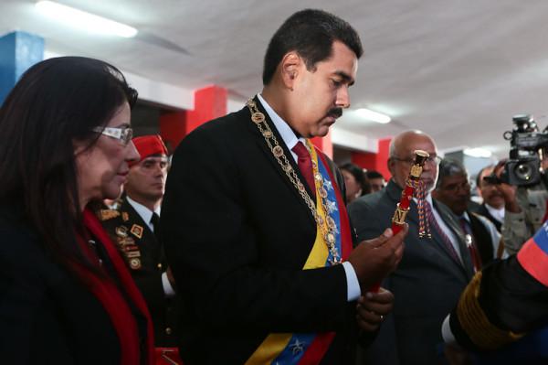 Nicolas Maduro-Fidel Ernesto Vasquez-13-