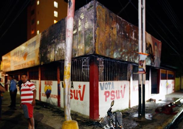 quemada casa del psuv en barcelona-Fidel Ernesto Vasquez (2)
