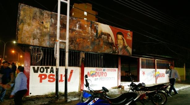 quemada casa del psuv en barcelona-Fidel Ernesto Vasquez (3)