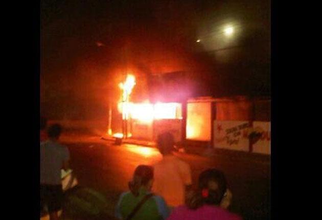 quemada casa del psuv -Fidel Ernesto Vasquez