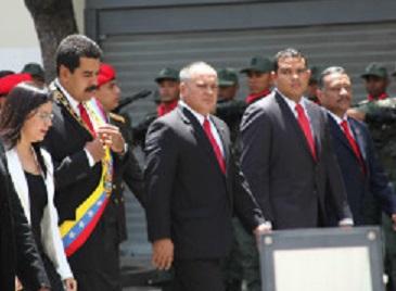 Presidente Nicolas Maduro llega a la Asamblea Nacional-Fidel Ernesto Vasquez