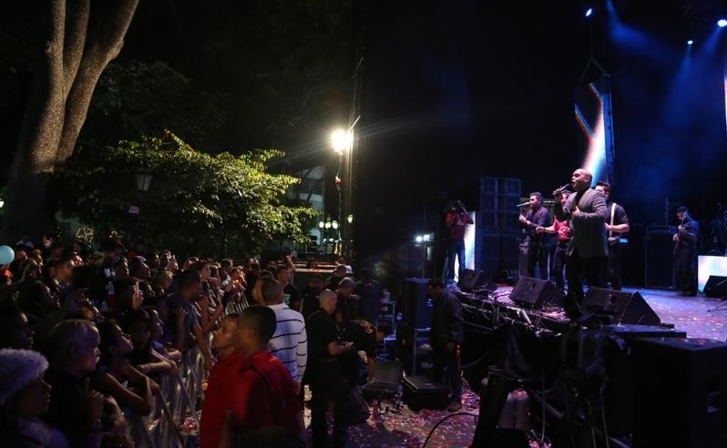 Plaza Bolivar-01-Fidel Ernesto Vasquez