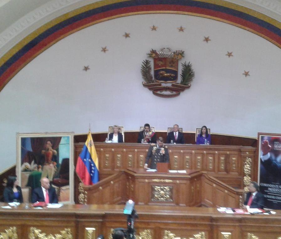 General en Jefe Vladimir Padrino Lopez-Fidel Ernesto Vasquez