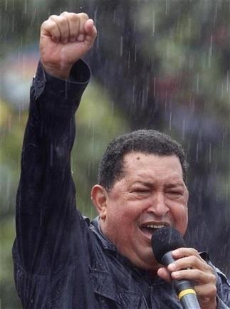 Chávez y Capriles copan las calles en el cierre de campaña