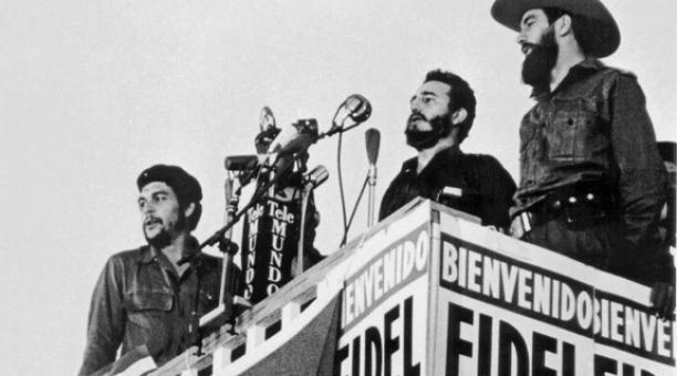 Fidel Castro-Camilo Cienfuegos-Che Guevara-Fidel Ernesto Vasquez